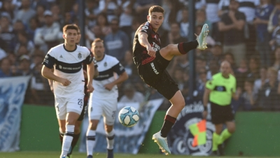 Gimnasia La Plata vs. River Plate (Superliga)